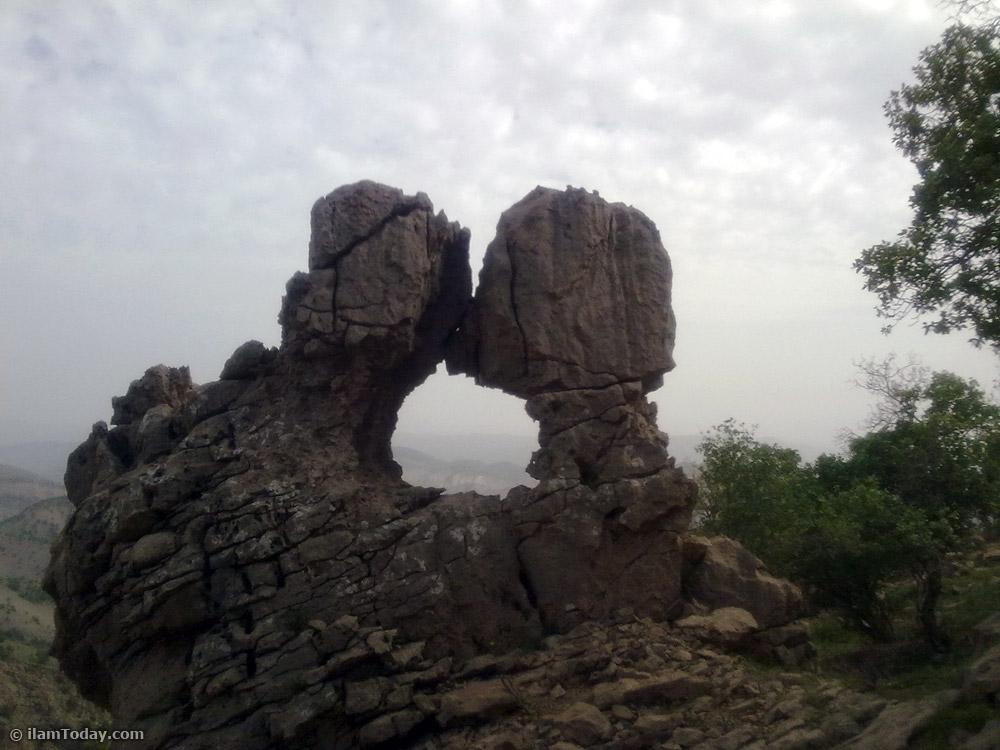 منظره سنگي در ارتفاعات كبير كوه